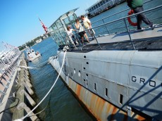 128 Intrepid Museum Submarine